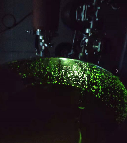 365纳米紫光灯检查核黄素溶液